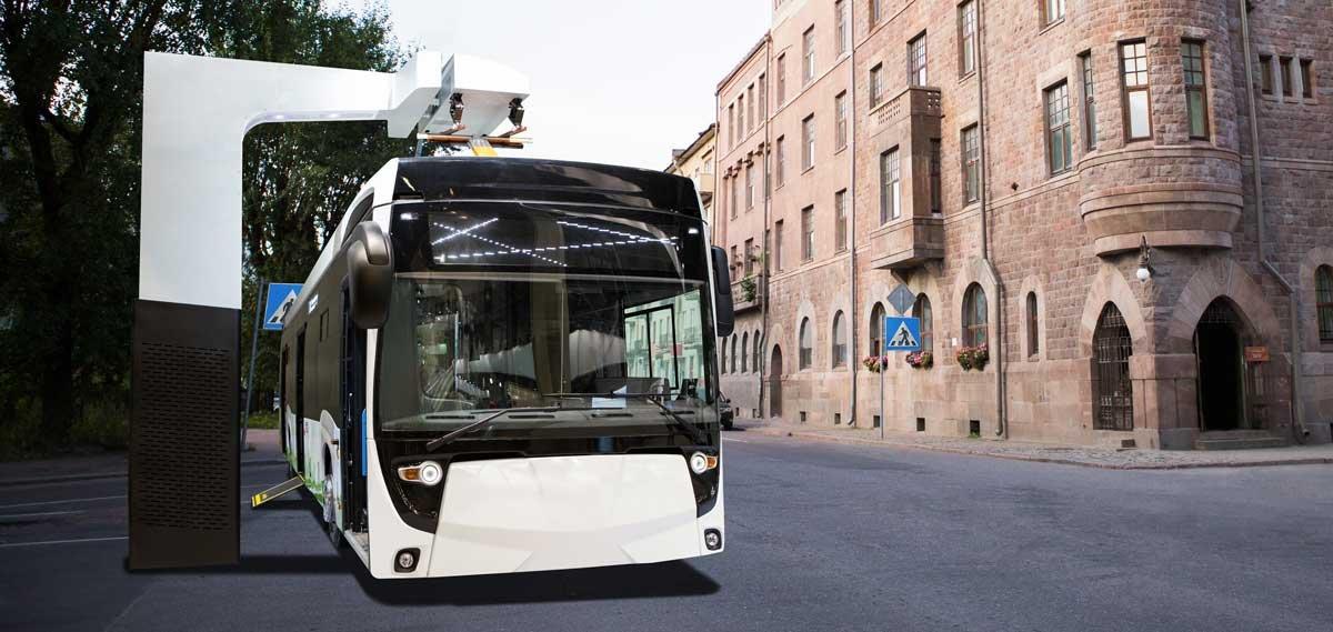 Elektrische bus in straatbeeld