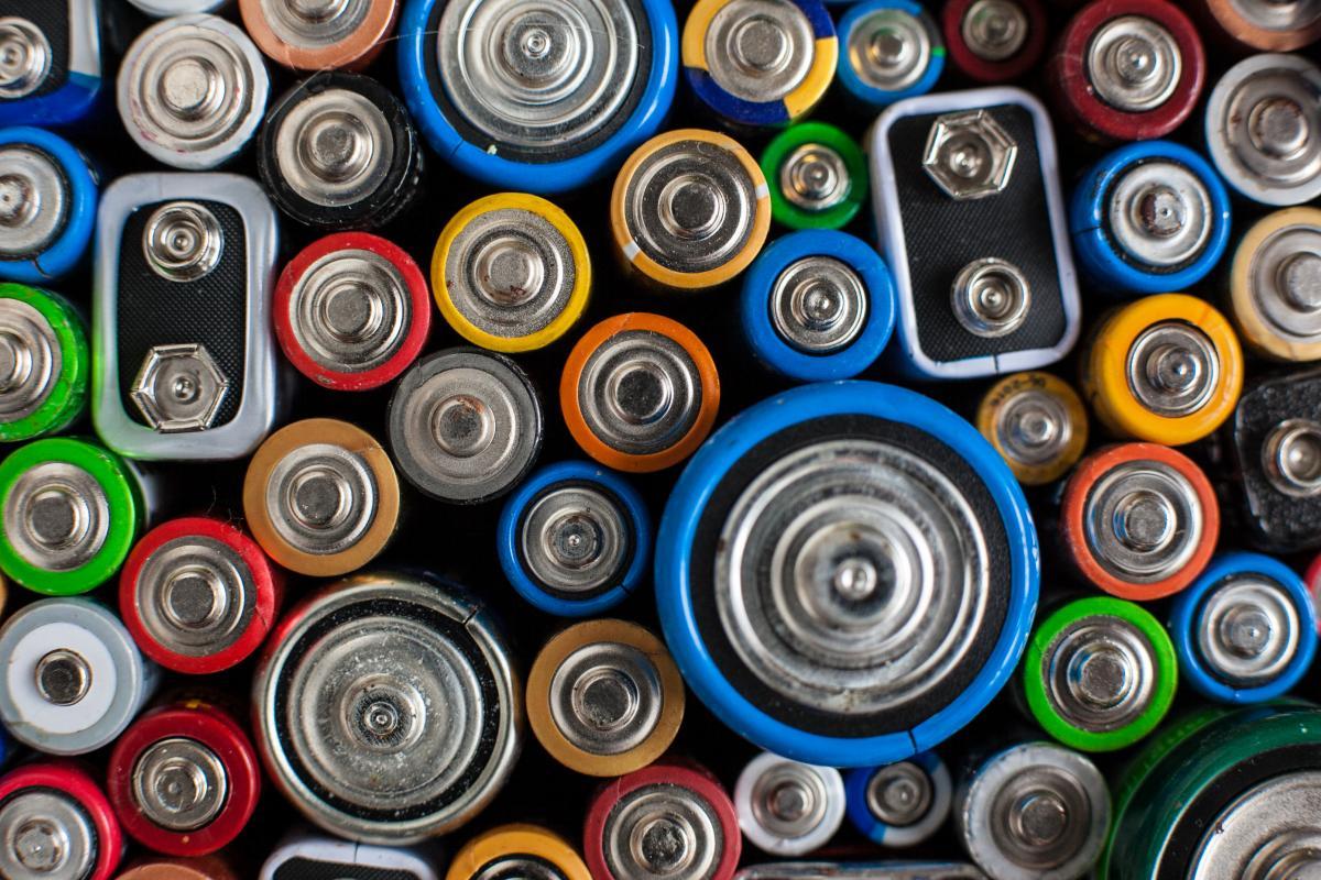 Bebat bat tous les records: 3.481 tonnes de piles usagées récoltées en 2016