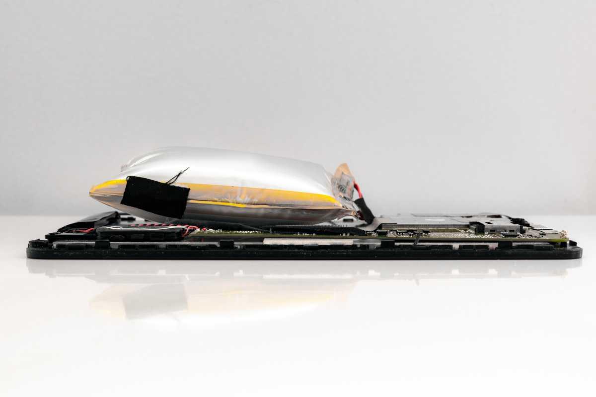 Gezwollen batterij in tablet