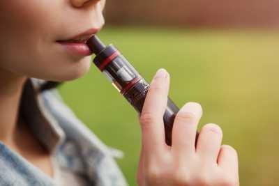 E-sigaretten: zo ga je veilig om met de batterij