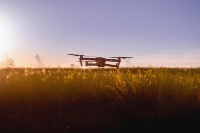 Drones et appareils radiopilotés : voici ce qu'il faut savoir sur leurs batteries