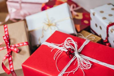 Wat je de Sint en de Kerstman in het oor mag fluisteren