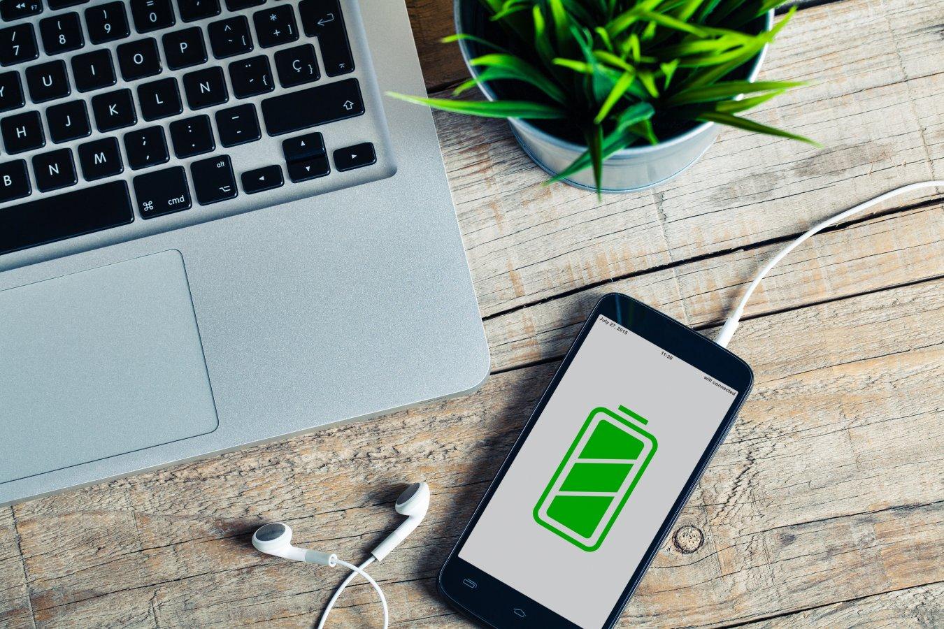 Laad jij je gsm, tablet en laptop correct op? Zo verleng je de batterijduur.