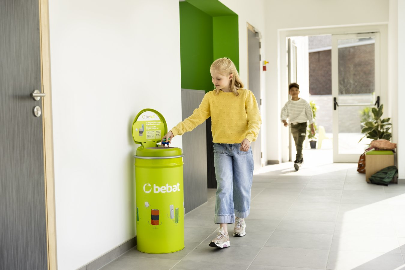 Collecting Batteries at School: 4 Tips
