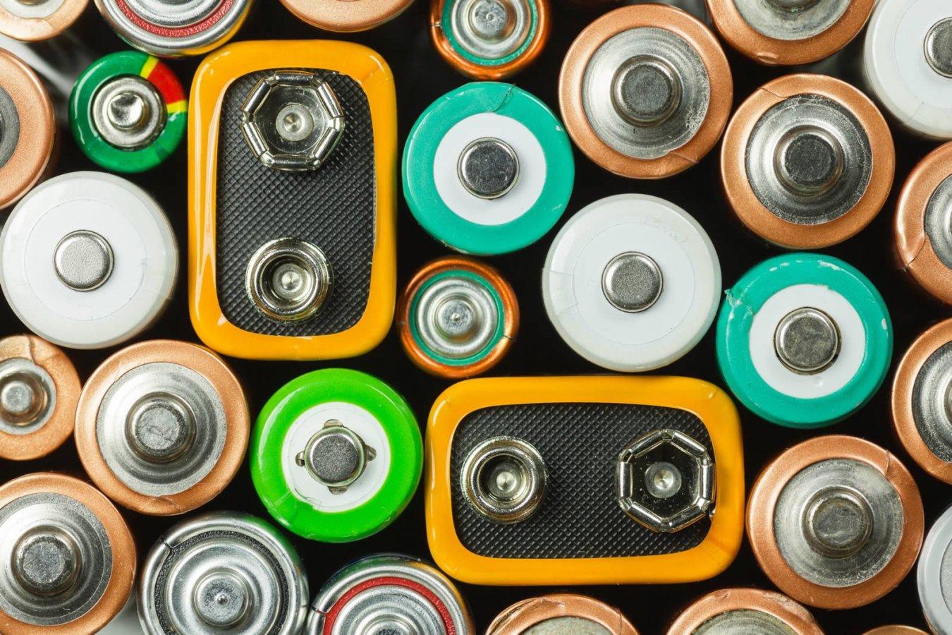 Vergeet jij steeds je lege batterijen in te zamelen? Met deze 4 tips onthoud je het wel!